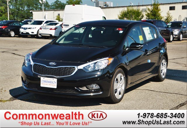 new 2016 kia forte 5 door lx hatchback in lawrence k6826. Black Bedroom Furniture Sets. Home Design Ideas