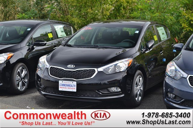 new 2016 kia forte 5 door lx hatchback in lawrence k6861. Black Bedroom Furniture Sets. Home Design Ideas
